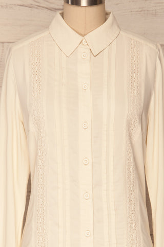 Kargowa Cream Button-Up Shirt with Lace Details | FRONT CLOSE UP | La Petite Garçonne