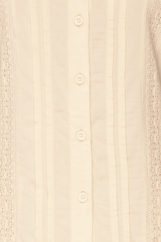 Kargowa Cream Button-Up Shirt with Lace Details | TEXTURE DETAIL | La Petite Garçonne