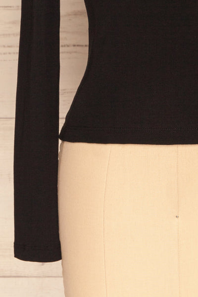 Kastellion Black Long Sleeved Fitted Crop Top | La Petite Garçonne 7