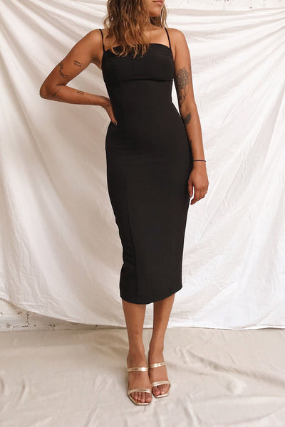 Kavala Black Fitted Midi Dress | La petite garçonne model look