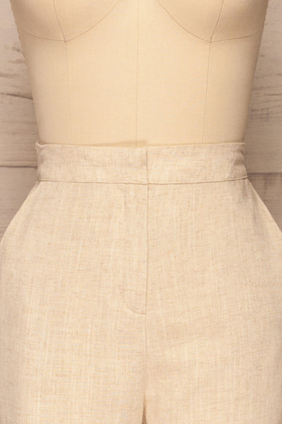 Keflavik Beige High Waist Cropped Pants | La petite garçonne front close-up