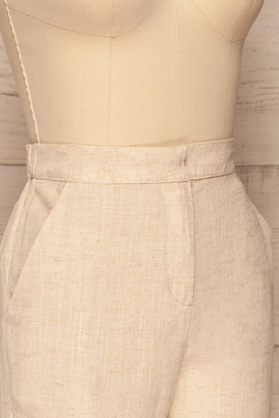 Keflavik Beige High Waist Cropped Pants | La petite garçonne side close-up