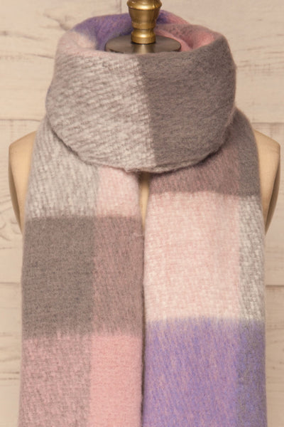 Kepice Spring Colorful Soft Scarf with Fringe | La Petite Garçonne basic loop close-up