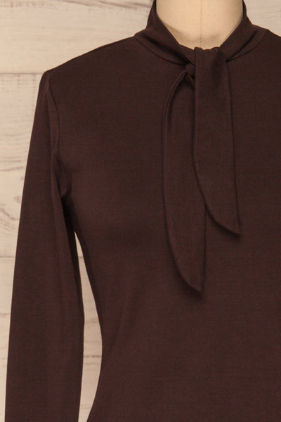 Kepno Brun Brown Top w/ Tied Stand Collar | La Petite Garçonne front close-up