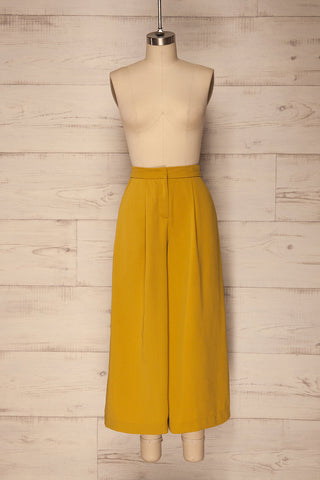Kerimaki Yellow Pleated Wide Leg Capri Pants | La Petite Garçonn