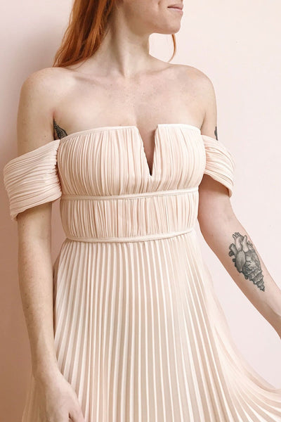 Khalida Light Pink Pleated Maxi Dress | Boudoir 1861 model close up 2