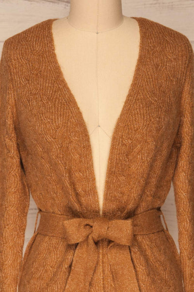 Kielce Tabac Brown Knit Cardigan | La Petite Garçonne front close-up