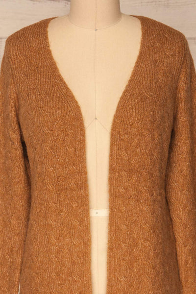 Kielce Tabac Brown Knit Cardigan | La Petite Garçonne front close-up open