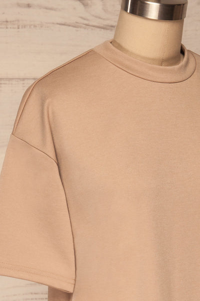 Kilkenny Beige T-Shirt Dress | La petite garçonne side close up