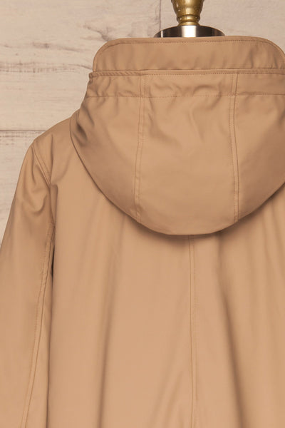 Klodzko Beige Wide Hooded Rain Coat | La petite garçonne back close up
