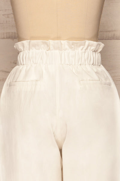 Knyszyn Blanc White High Waist 3/4 Pants back close up | La petite garçonne