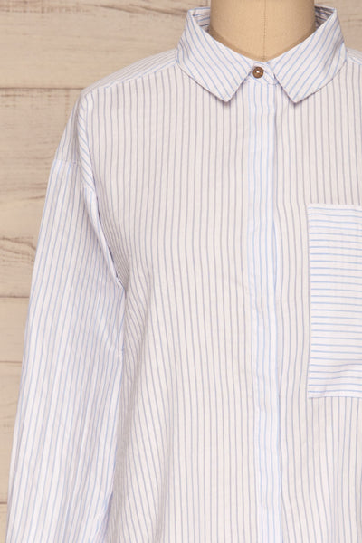 Kouvola Bleu Striped Shirt | Chemisier | La Petite Garçonne front close-up