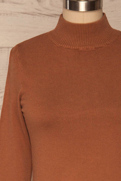 Kuznia Rust Long Sleeve Mock Neck Top | La petite garçonne front close up