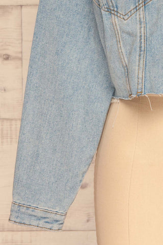 Lariano Crop Jean Jacket | Veston Denim | La Petite Garçonne bottom close-up