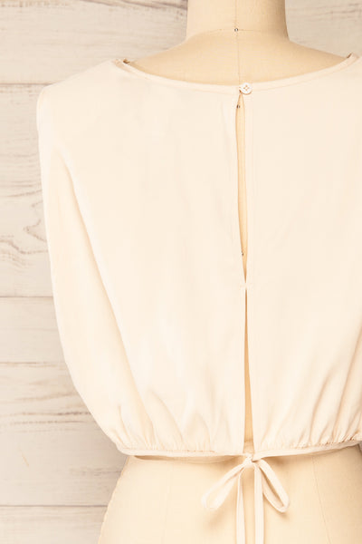 Leon Cream Shoulder Pads Crop Top | La petite garçonne back close-up