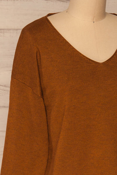 Lezajask Brown Long Sleeve Top | La petite garçonne side close-up