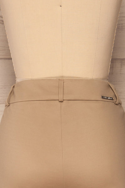 Lieksa Beige Bermuda Shorts w/ Pockets | La petite garçonne back close-up