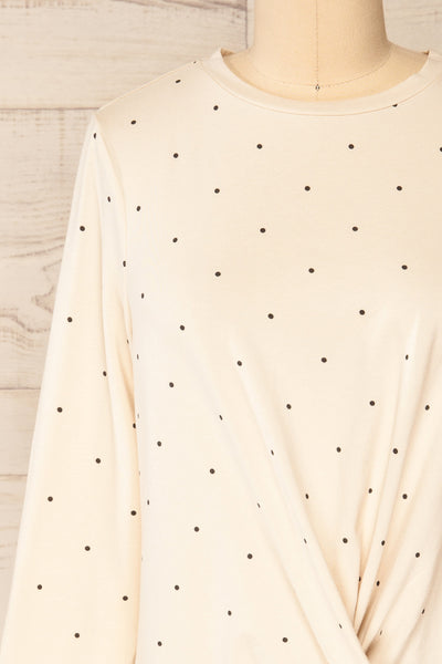 Liski Beige Polka Dot Knotted Top | La petite garçonne front close-up