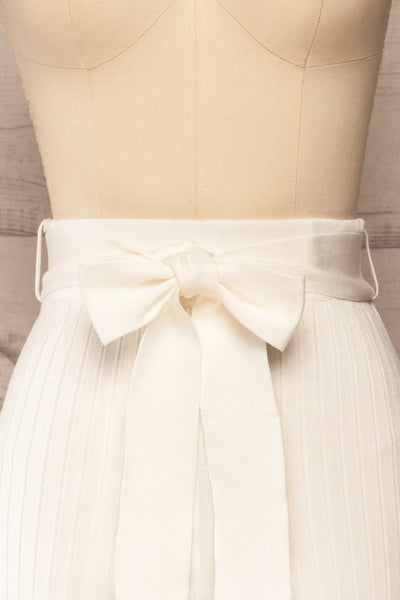 Livny Ivory Ribbed Wide Leg Pants | La petite garçonne front close-up