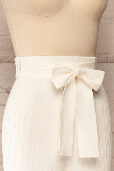 Livny Ivory Ribbed Wide Leg Pants | La petite garçonne side close-up