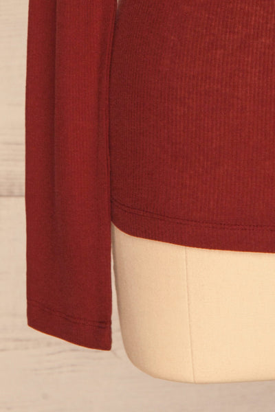 Loksa Brick Red Turtleneck | Haut Rouge sleeve close up | La Petite Garçonne