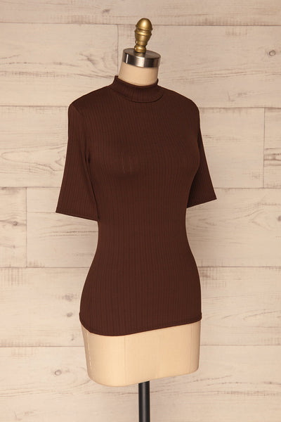 Lupeni Marron Mock Neck Top | Haut Brun side view | La Petite Garçonne