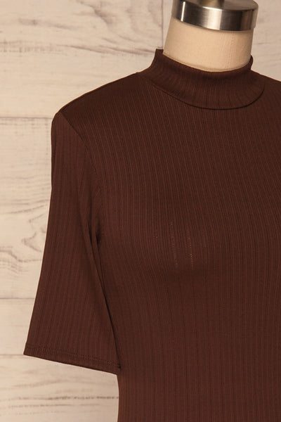 Lupeni Marron Mock Neck Top | Haut Brun side close up | La Petite Garçonne