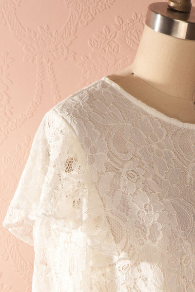 Lynnie Light - White lace ruffled blouse 4