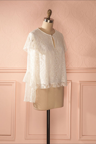 Lynnie Light - White lace ruffled blouse 3