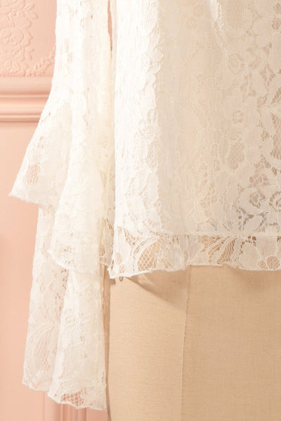 Lynnie Light - White lace ruffled blouse 7
