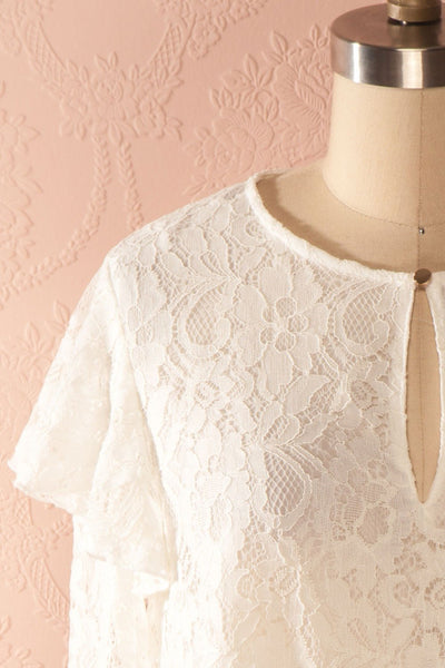 Lynnie Light - White lace ruffled blouse 2