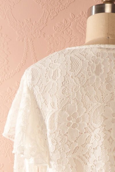 Lynnie Light - White lace ruffled blouse 6