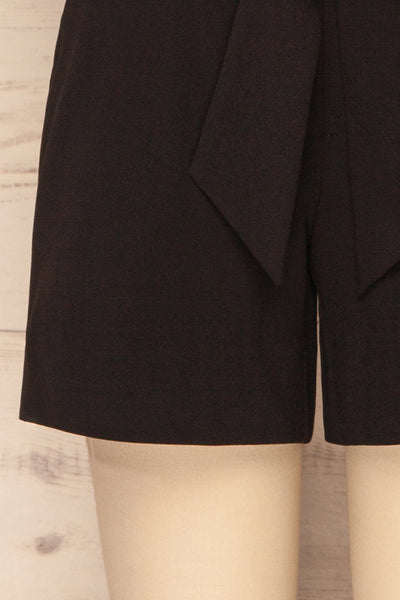 Lysekil Black Shorts w/ Pockets | La petite garçonne bottom
