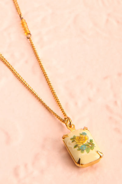 Mae West Jaune Dainty Golden Floral Pendant Necklace | Boutique 1861 2