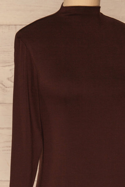 Malmo Brown Mock Neck Long Sleeve Top | La petite garçonne side close-up