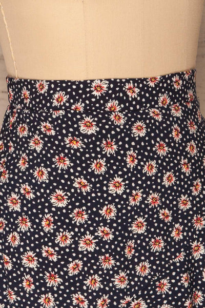 Margotte Navy Blue Short Floral Skirt | La petite garçonne sideclose up