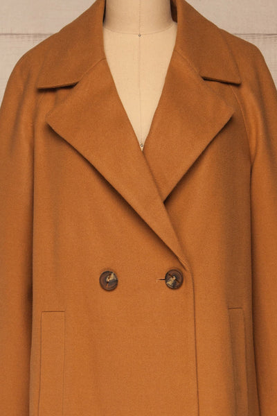 Mataro Brown Mid-Length Trench Coat | La petite garçonne no belt close-up