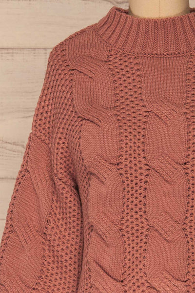 Mazowiecki Pink Cropped Knit Sweater | La petite garçonne front close-up