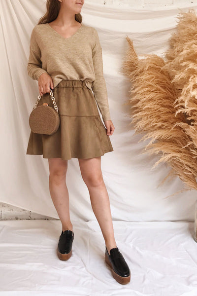 Mikstat Beige V-Neck Knit Sweater | La petite garçonne model look