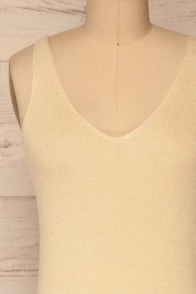 Moika Beige Knitted V-Neck Cami | La petite garçonne front close-up