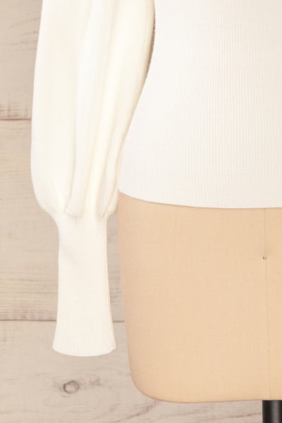 Moino White Puffy Sleeve Turtleneck | La petite garçonne bottom