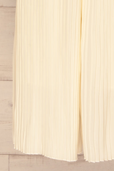 Montijo Cream Pleated Wide Leg Jumpsuit legs | La petite garçonne