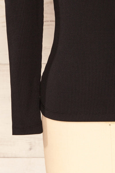 Mragowo Black Ribbed Long Sleeve Top | La petite garçonne bottom