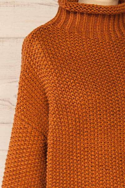 Murcie Orange Turtleneck Knitted Sweater | La petite garçonne side close-up
