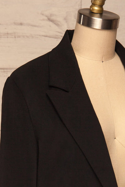 Myrl Noir Black Blazer | Veston Noir side close up | La Petite Garçonne