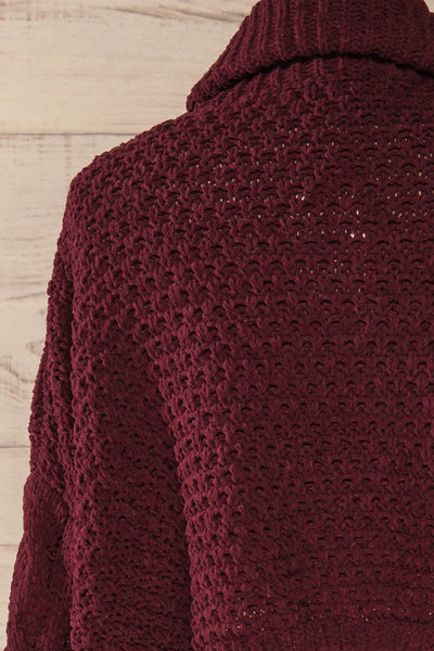 Nakka Burgundy Cropped Knit Sweater | La petite garçonne back close-up