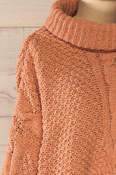 Nakka Pink Cropped Knit Sweater | La petite garçonne side close-up