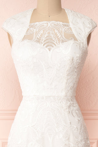 Narcissa White High-Low Mermaid Gown | Robe | Boudoir 1861 front close-up
