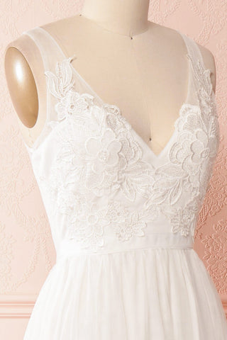 Néomie White Tulle Gown with Crocheted Lace | Boudoir 1861