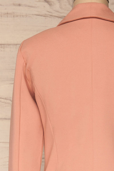 Nephele Pink Blazer | Veston Rose | La Petite Garçonne back close-up